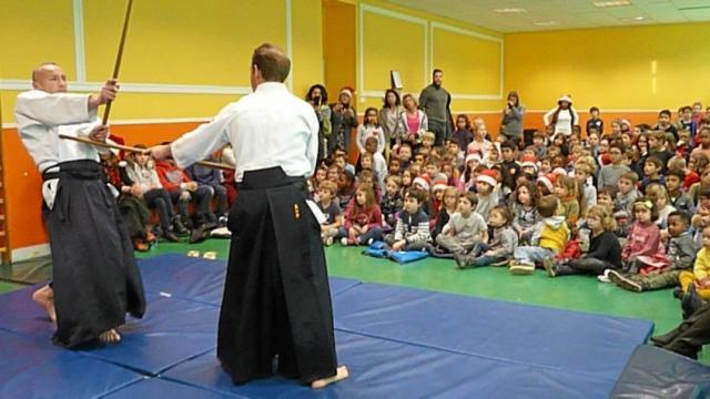 les-ecoliers-de-kerargaouyat-decouvrent-l-aikido